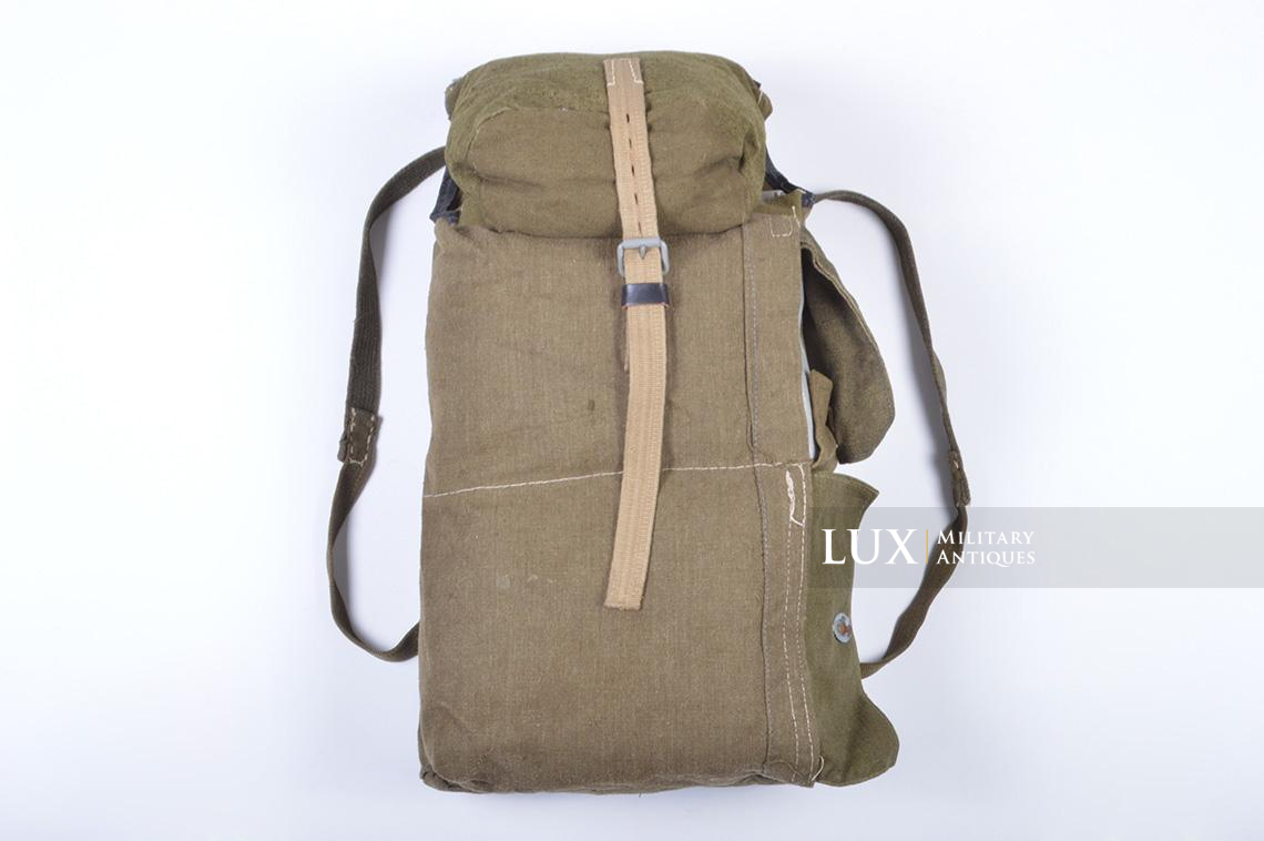 Unusual late war engineer assault backpack - photo 4
