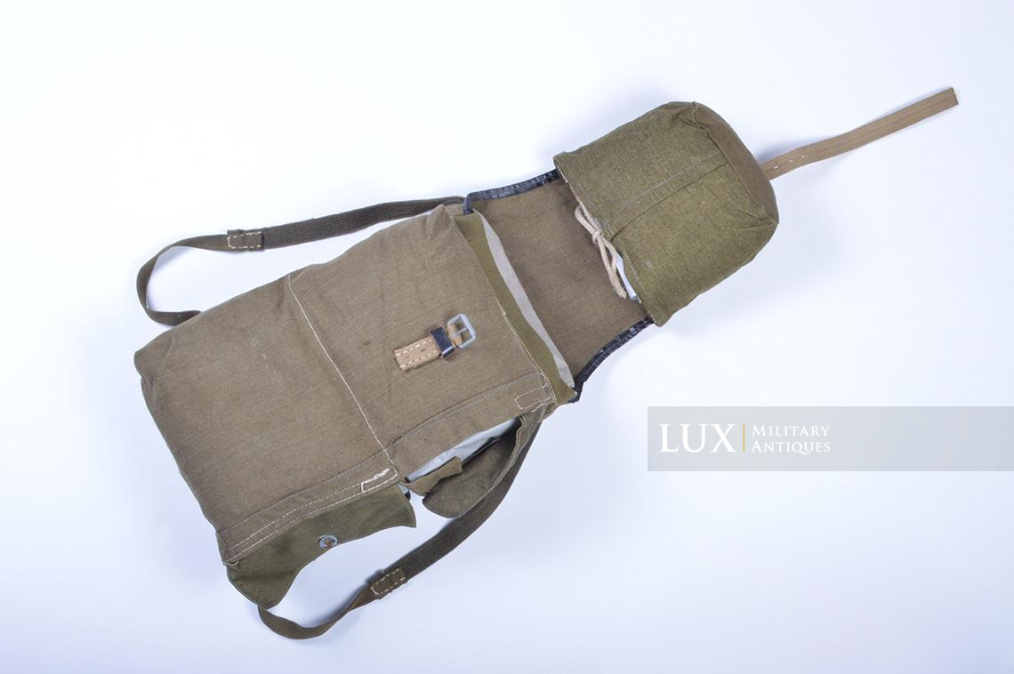 Unusual late war engineer assault backpack - photo 12