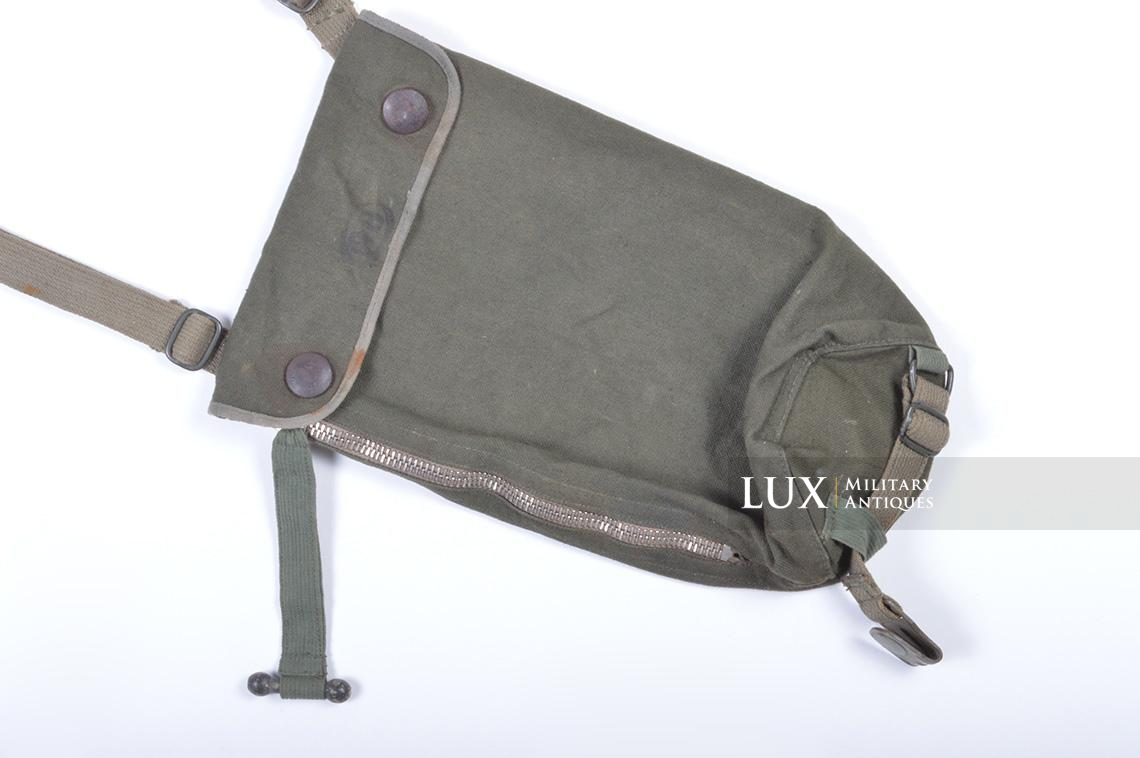 Early-war German paratrooper gas mask carrying bag, « AB » - photo 7