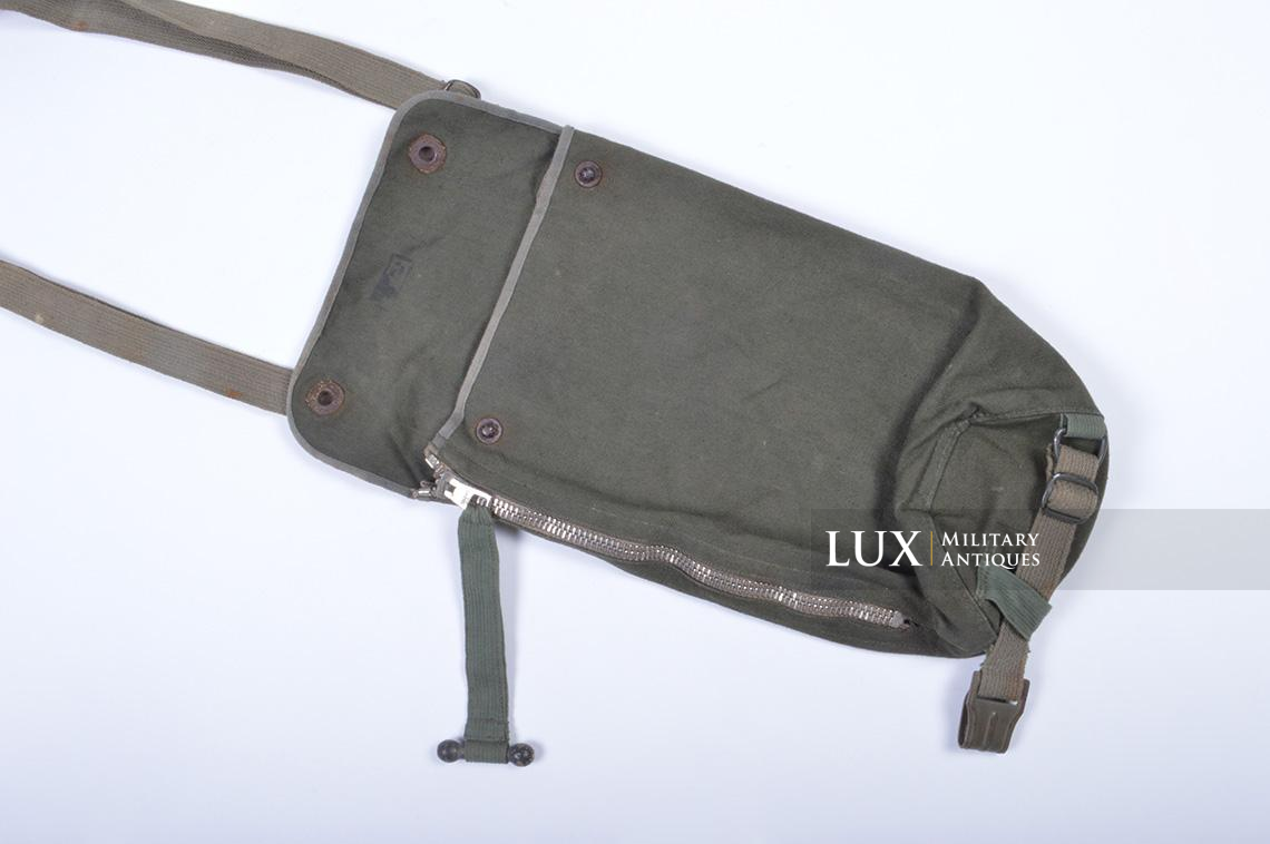 Early-war German paratrooper gas mask carrying bag, « AB » - photo 12