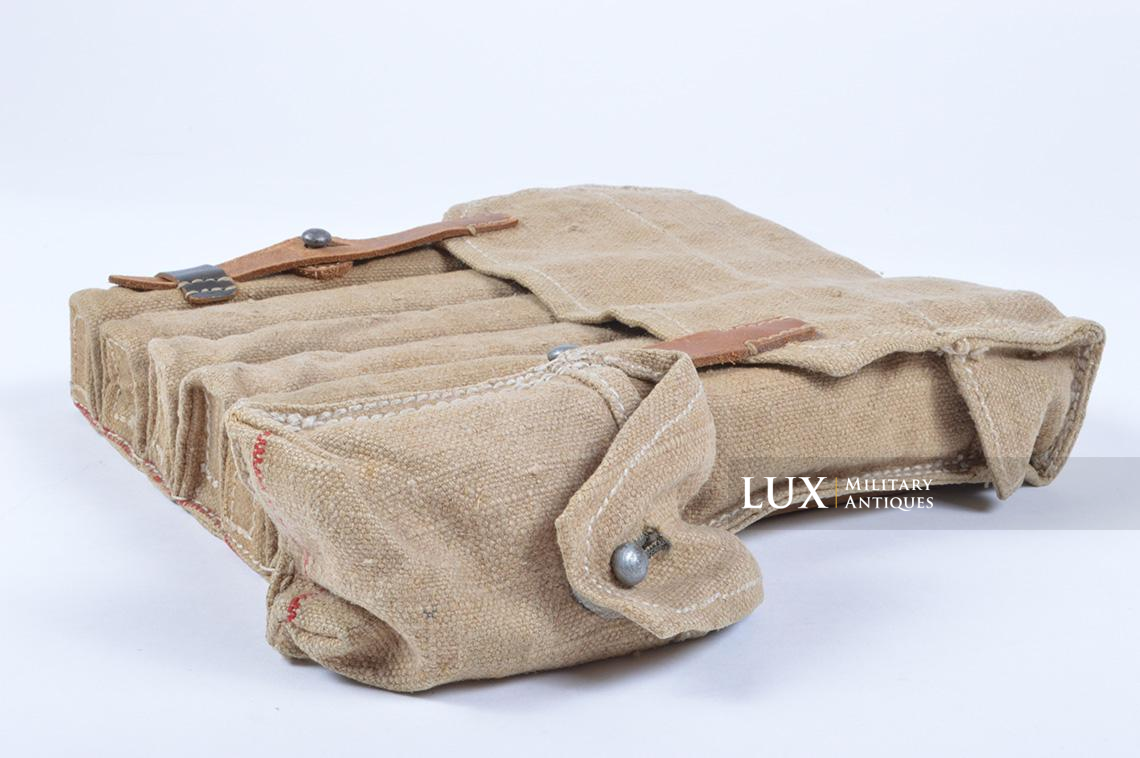 Rare unissued German late-war MP38/40 six-cell pouch, « eyp4 » - photo 9