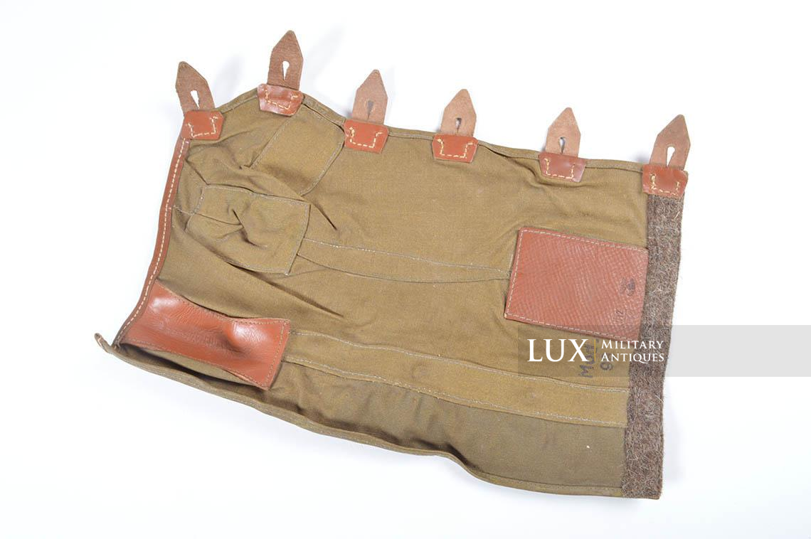 Unissued German K98 tan oilskin receiver cover - photo 19