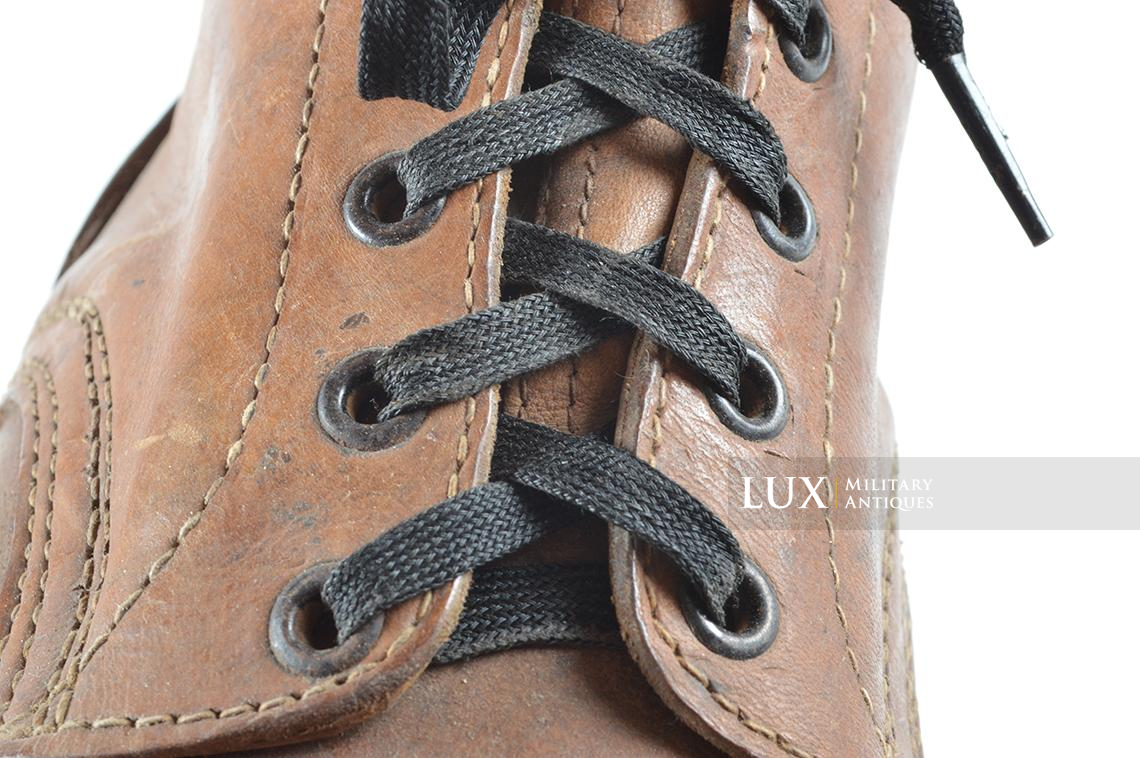 Unissued German mountain trooper's « Gebirgsjäger » ankle boots - photo 37