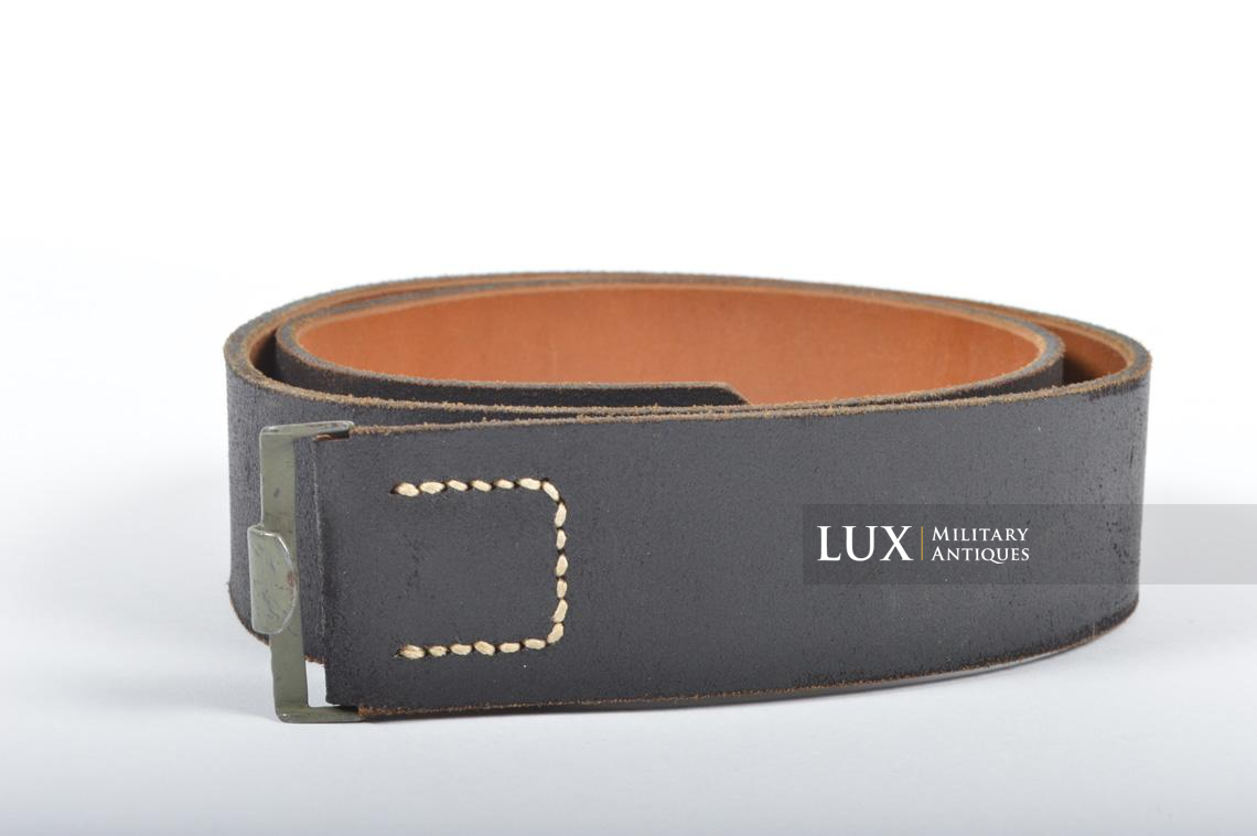 Unissued German late-war leather belt, 1943 - photo 4