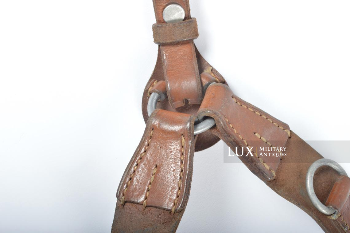 Unissued early-war German combat Y-straps, « 1939 » - photo 10