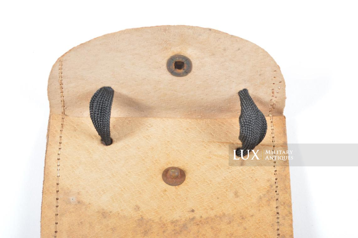 German late-war ID-tag carrying pouch - photo 11