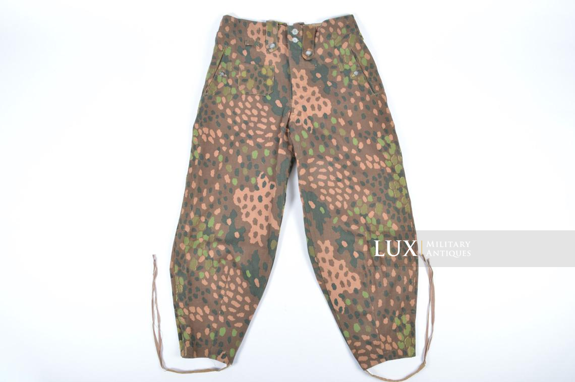 Unissued Waffen-SS M44 dot pattern camouflage trousers, « smooth cotton » - photo 21